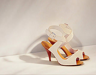 Footwear retouching for Nine West Group